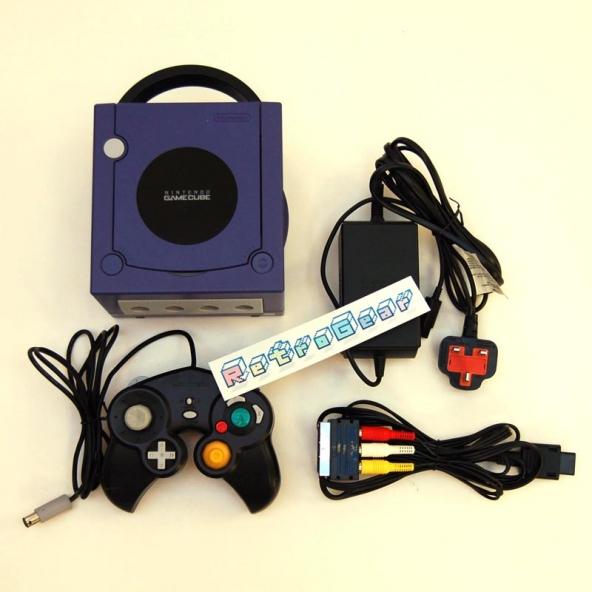 Nintendo GameCube (purple) unboxed